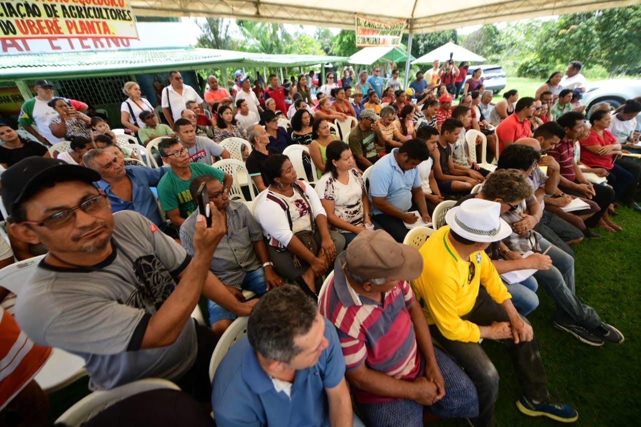Em encontro com comunidades, vice-governador anuncia feira para produtores rurais, regularização fundiária e melhoria em ramais