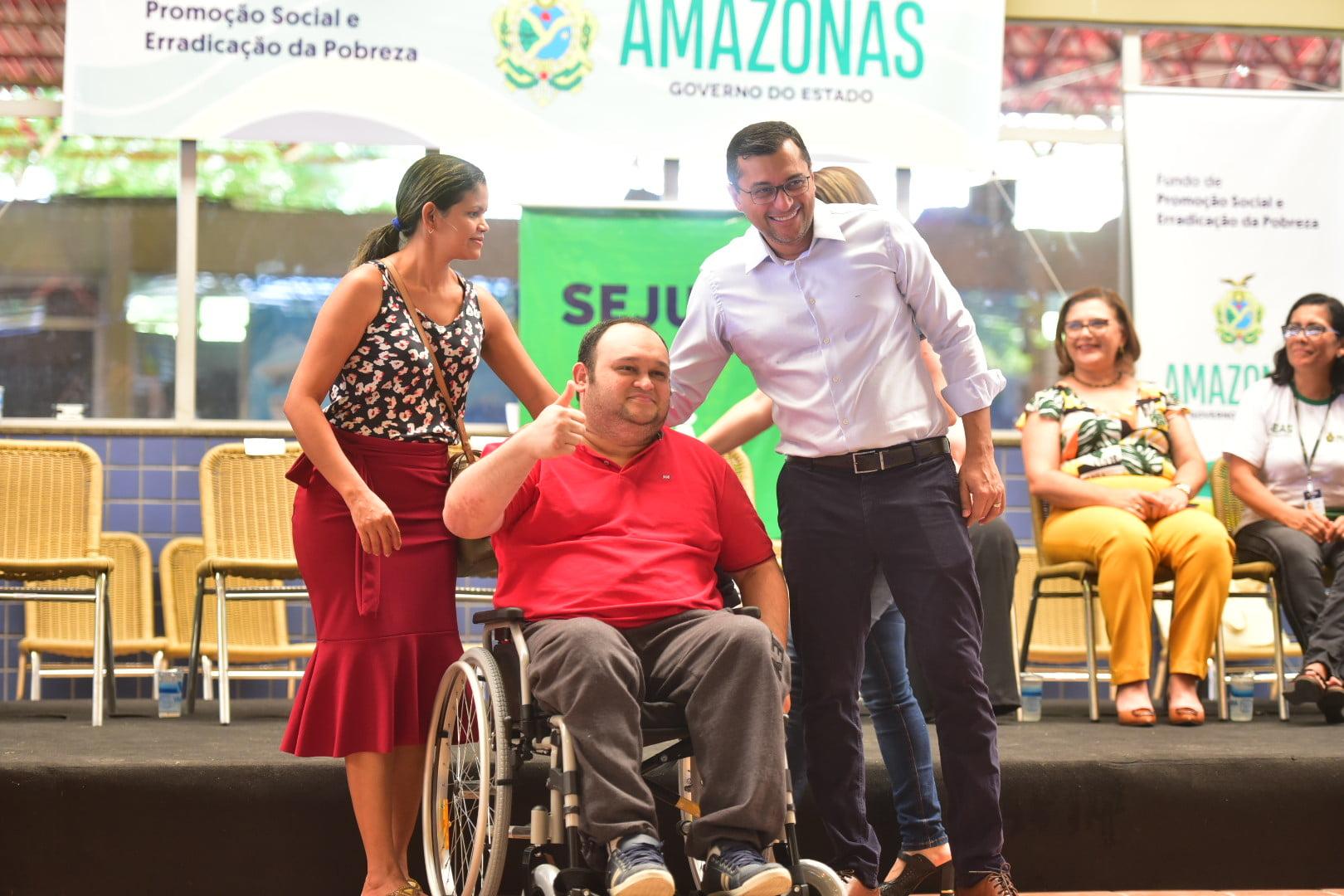 Wilson Lima reforça compromisso com a inclusão social durante entrega de 250 cadeiras de rodas universais