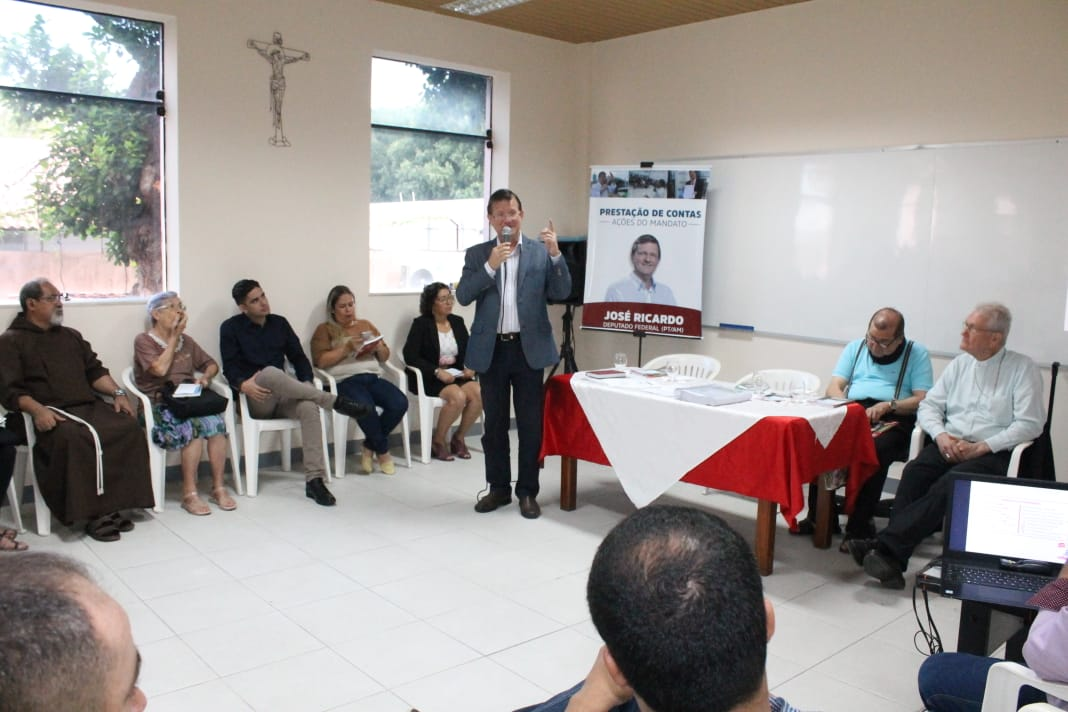 José Ricardo reúne a imprensa para prestar contas do seu 1° ano de mandato e lançar livro de artigos publicados