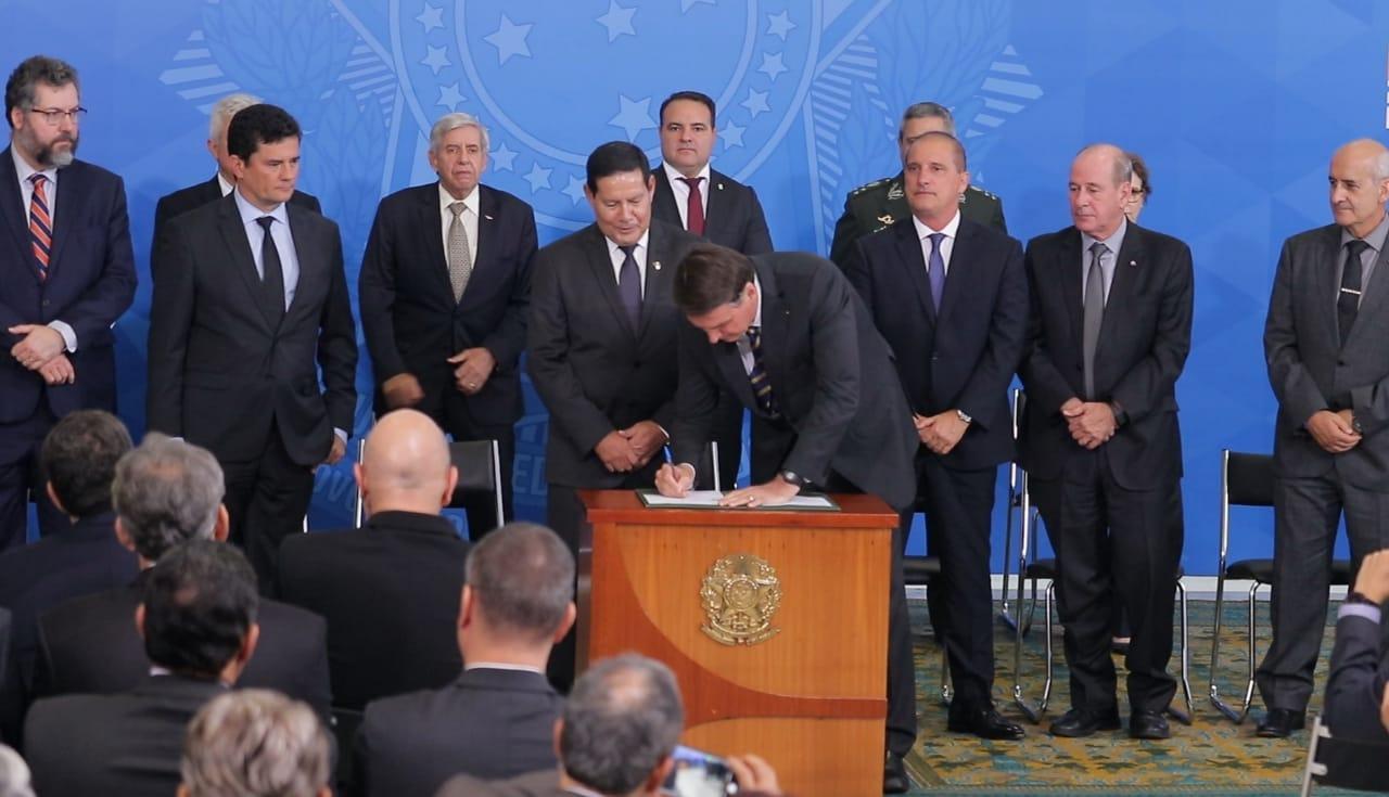 Governador Wilson Lima participa de solenidade de criação do Conselho Nacional da Amazônia