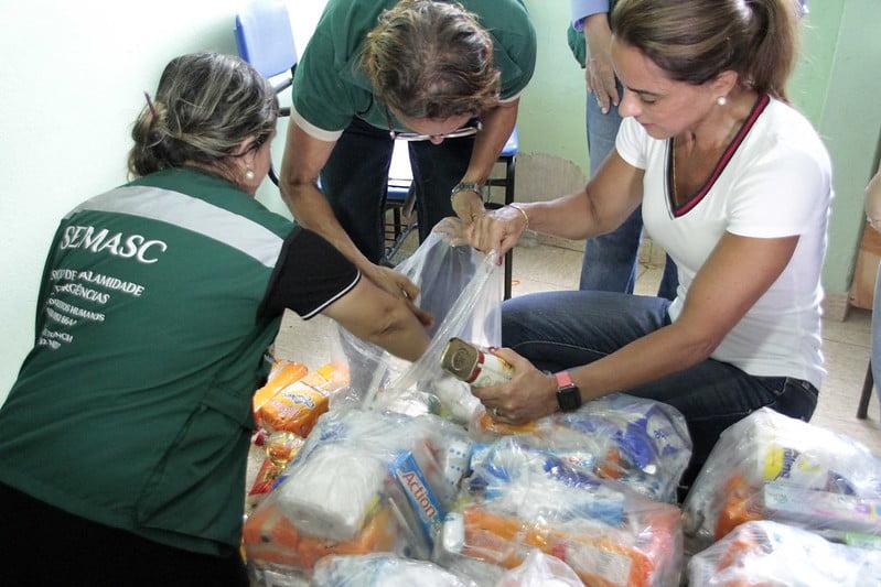 Prefeitura presta assistência a 21 famílias vítimas de incêndios no São Lázaro
