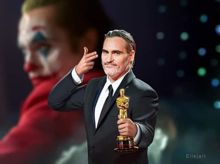 Joaquin Phoenix ganha seu primeiro oscar por interpretar 'Coringa' nos cinemas
