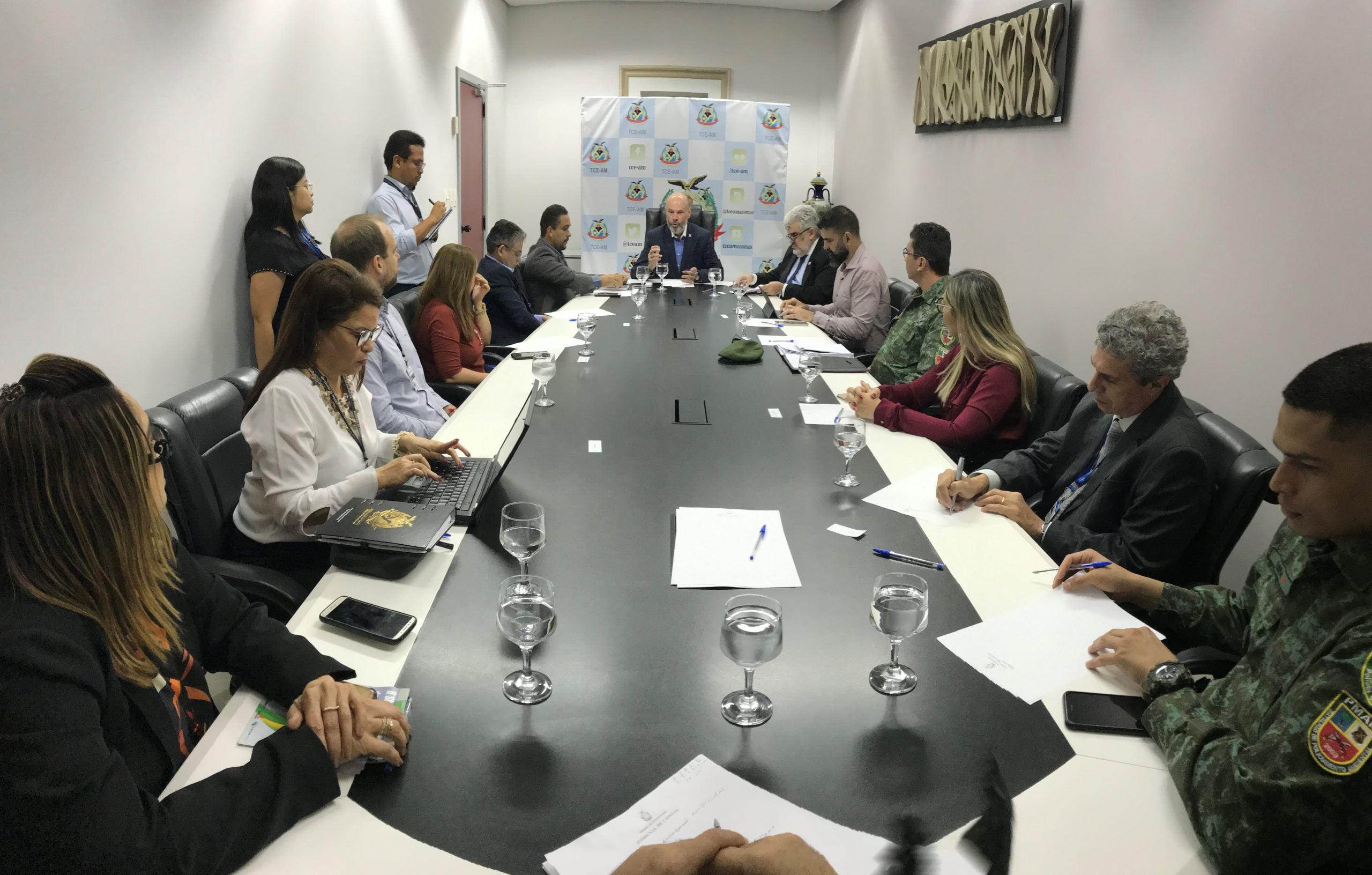 TCE-AM cria Comitê Interinstitucional para combater queimadas e desmatamento