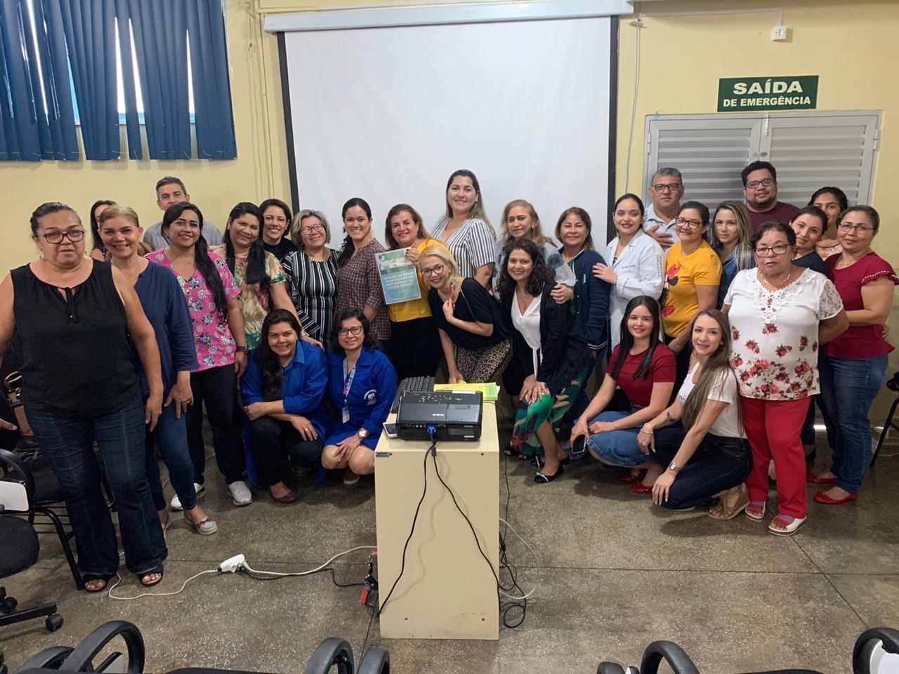 Moura Tapajóz apresenta protocolo de alimentação e nutrição em obstetrícia
