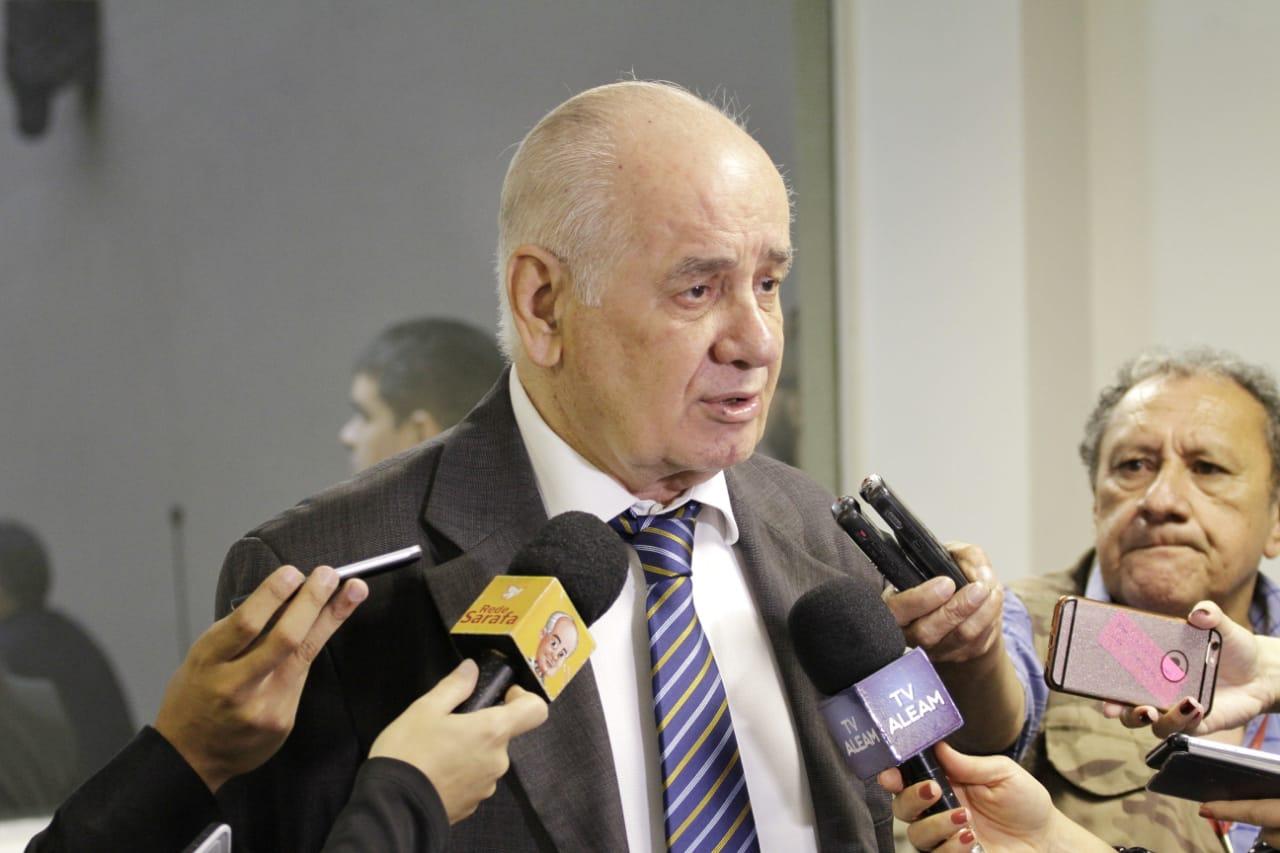 Serafim solicita ao Governo que situação de professores temporários seja regularizada