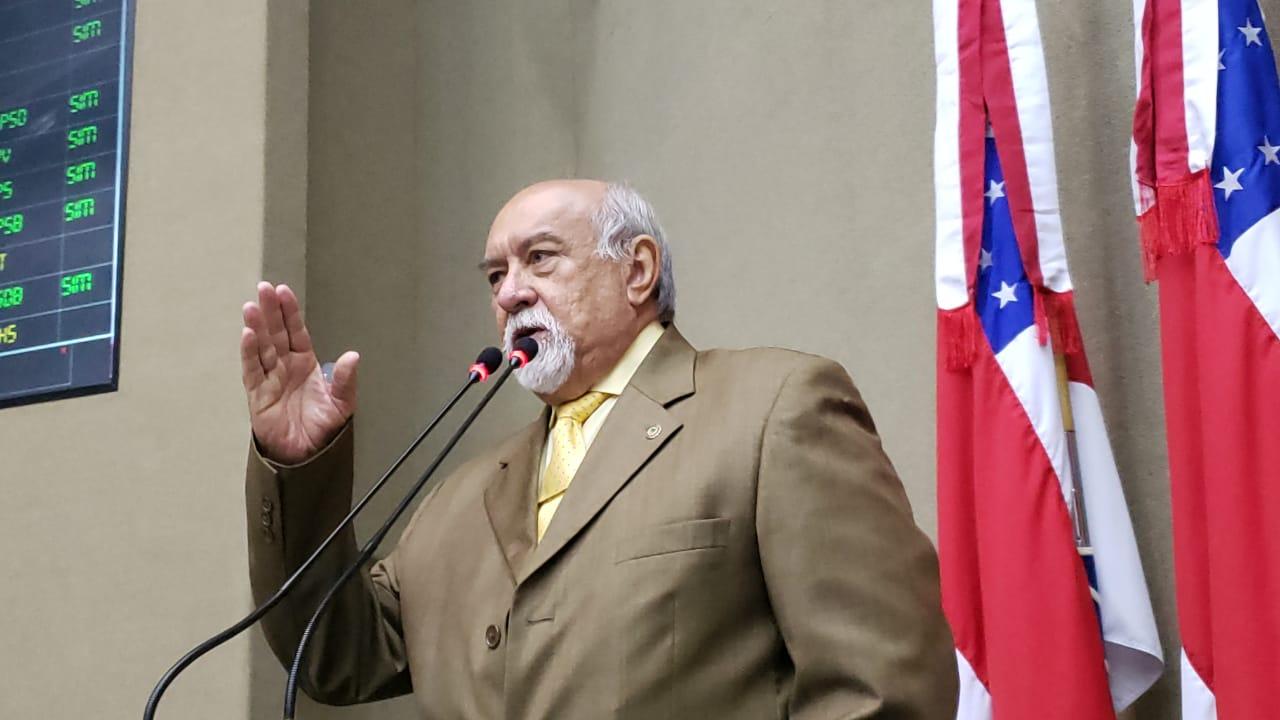 Deputado Belarmino Lins pede estudos para governo reajustar o Bolsa Floresta