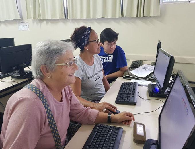 SSP-AM vai ampliar projeto de inclusão digital para idosos