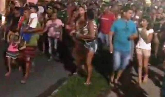 REVOLTA – Moradores do Monte Horebe vão às ruas contra a reintegração de posse e ameaçam resistir