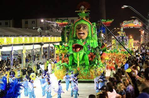 A CAMPEÃ VOLTOU!-Escola de Samba Aparecida é grande campeã do Carnaval 2020 de Manaus