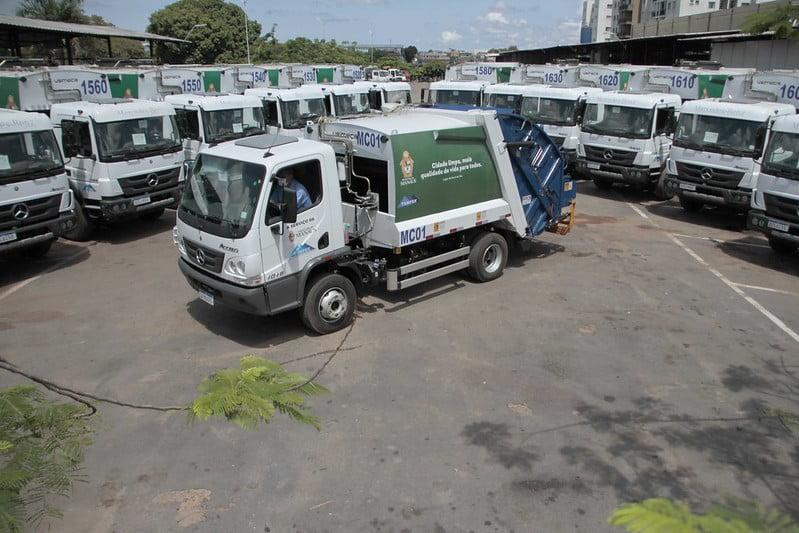 Frota da coleta domiciliar ganha 14 caminhões novos