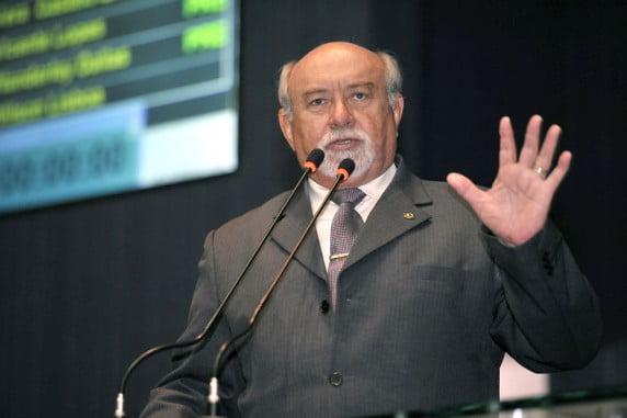 Belarmino Lins comemora liberação de R$ 23 milhões do FT para o combate ao coronavírus no interior