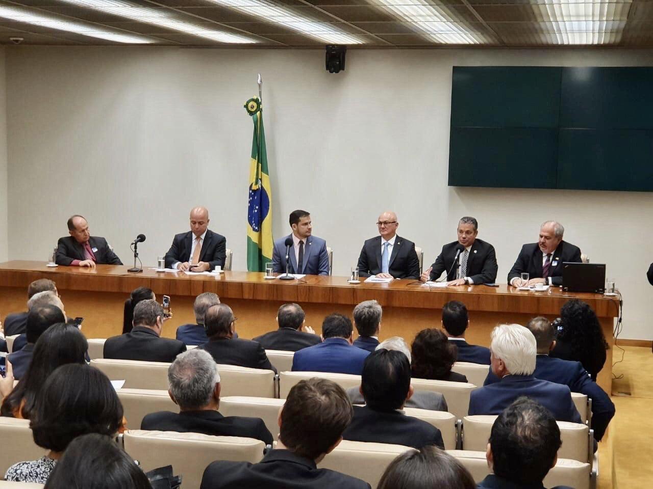 Josué participa de Sessão Solene dos 53 anos da Zona Franca na Câmara dos Deputados