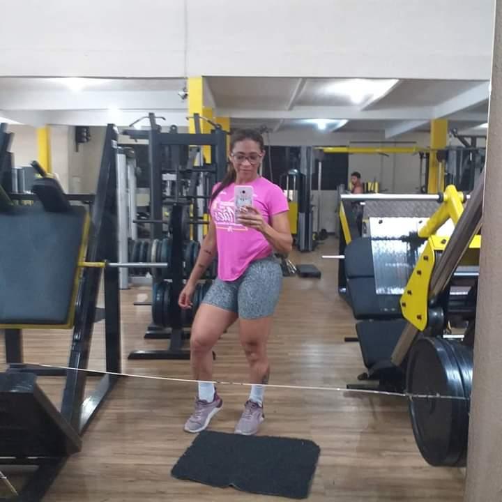SUPERAÇÃO – Conheça a história de superação da personal trainer apaixonada por Educação Física