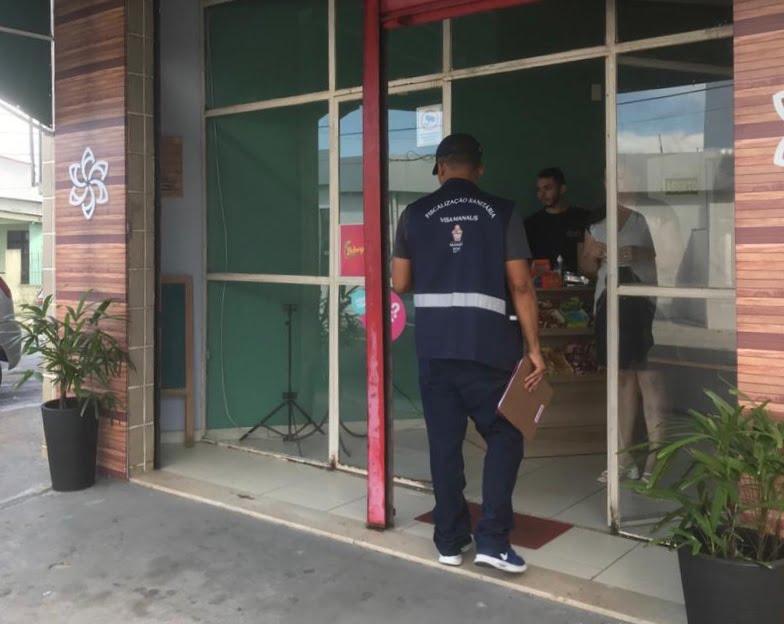 Serviços de alimentação e beleza são interditados pela Visa Manaus por funcionamento irregular