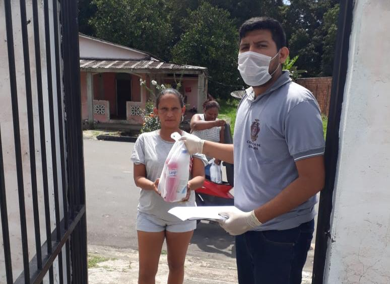 Em Urucará, juiz da Justiça Estadual homologa acordos e beneficia 150 famílias carentes com kits para prevenir o contágio pelo coronavírus