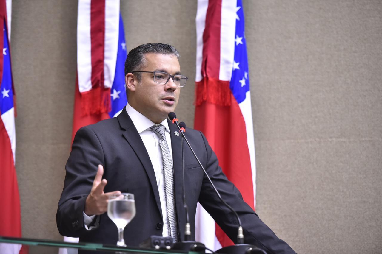 Josué Neto defende uso de R$ 2 bilhões do Fundo Eleitoral para o combate ao coronavírus no Brasil