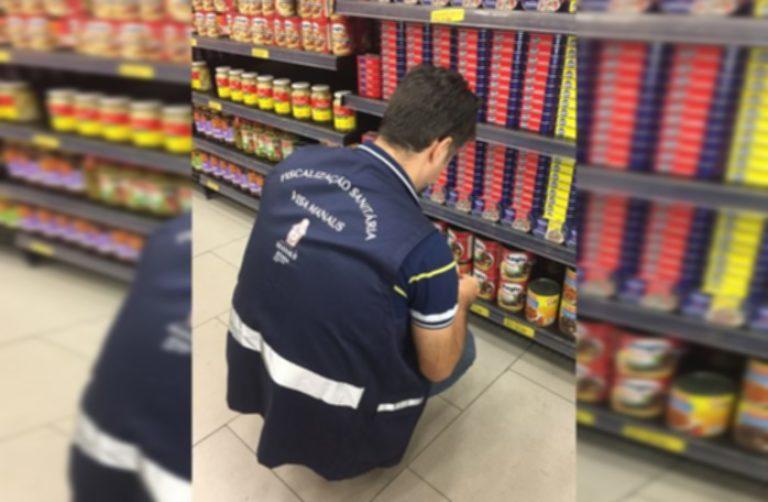 Vigilância Sanitária apura denúncia e fiscaliza supermercados na zona Leste