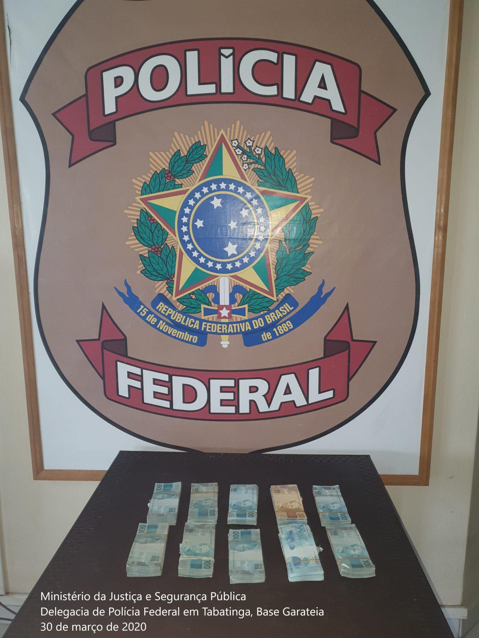 Polícia Federal apreende R$ 100 mil reais em espécie dentro de embarcação no Amazonas