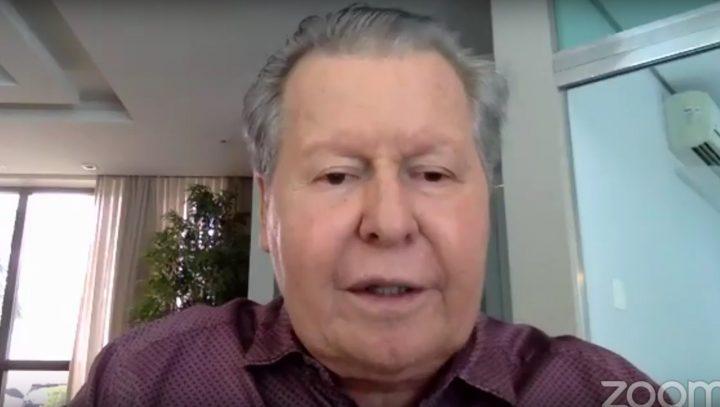 'Não quero falar de impeachment, quero falar de salvar vidas', diz prefeito em colóquio