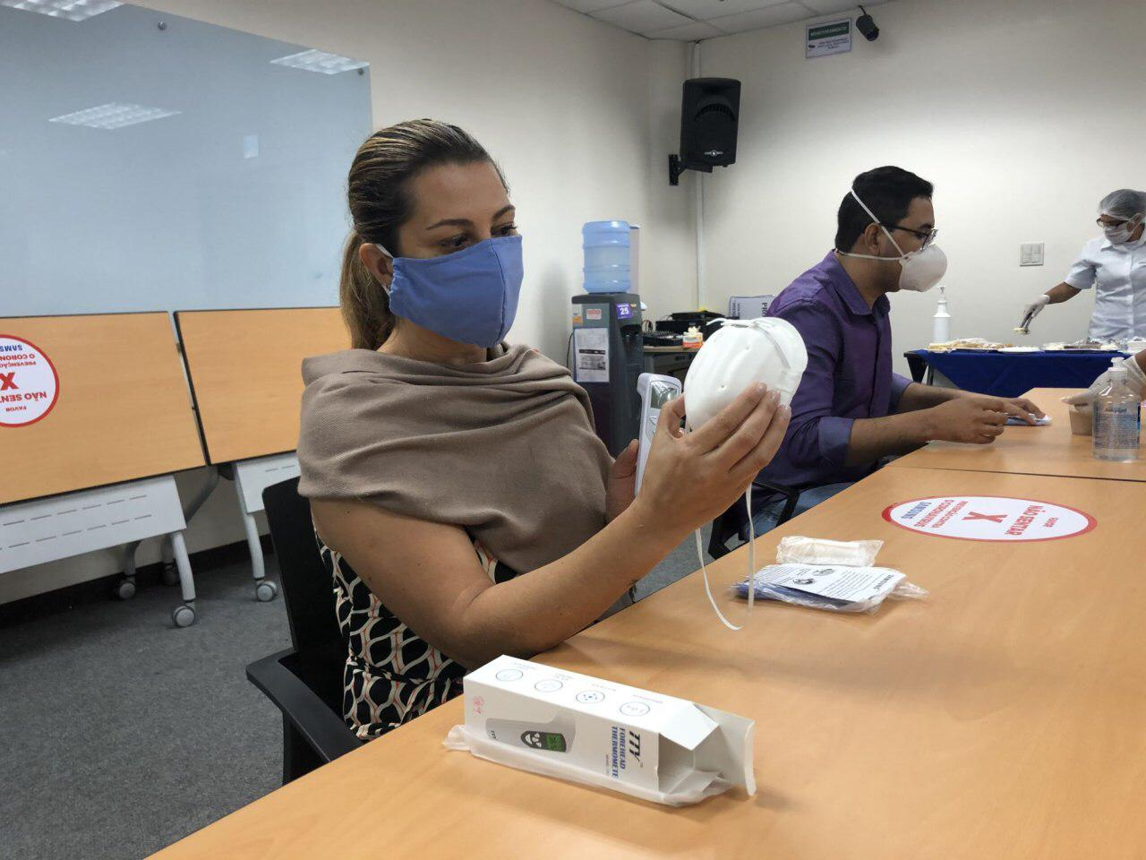 Susam recebe doação de 3 mil máscaras e 50 termômetros feita por empresa coreana do Polo Industrial