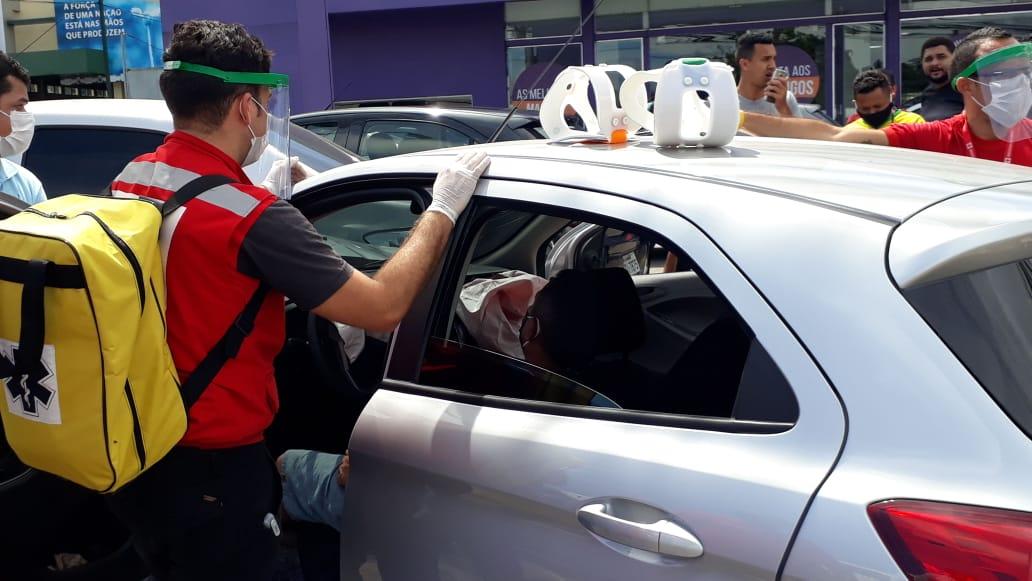ACIDENTE DE TRÂNSITO-Motorista de uber perde o controle e causa acidente na Torquato Tapajós