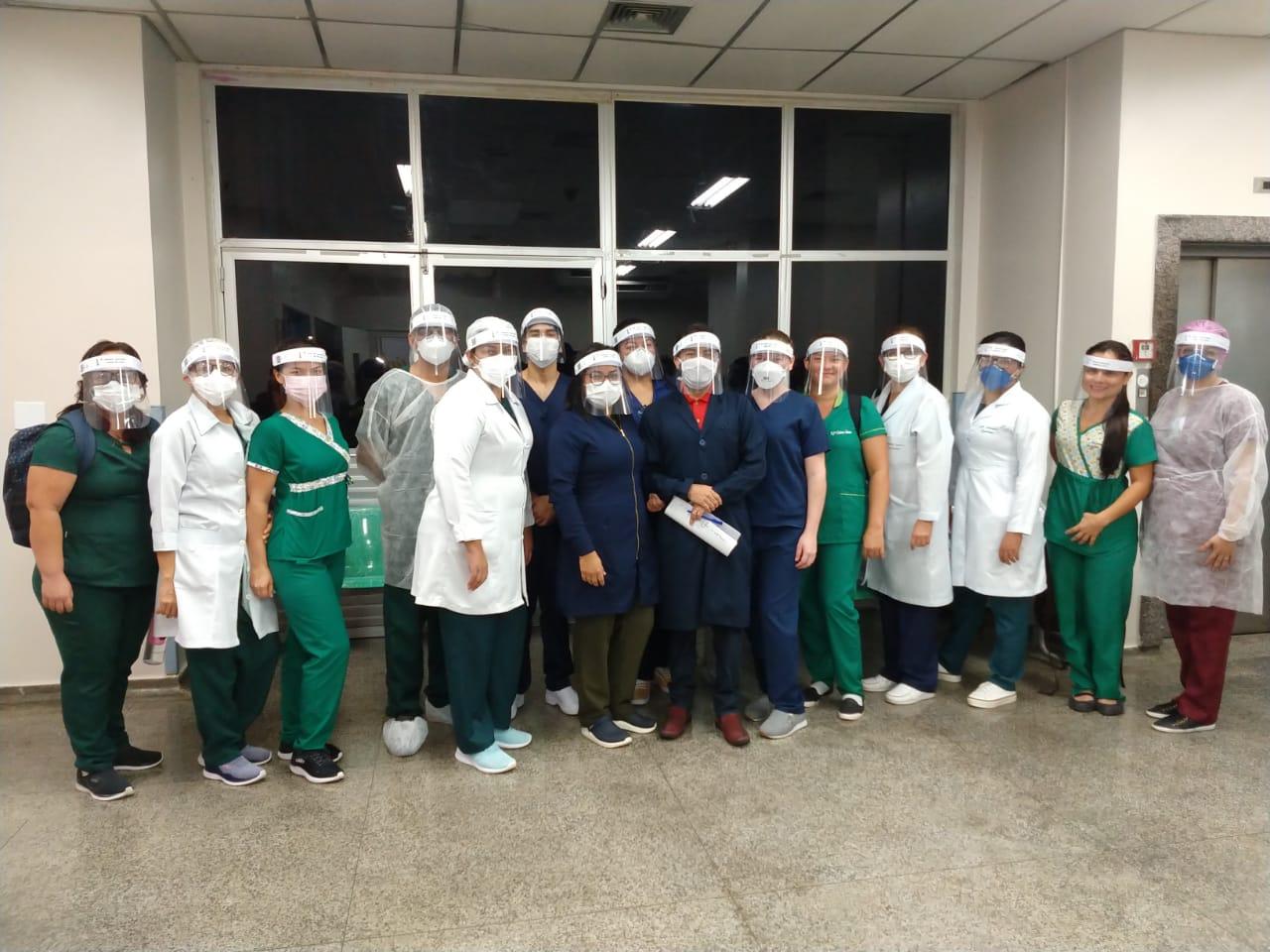 Orientações da equipe de enfermagem focam no controle e redução do contágio pelo novo coronavírus