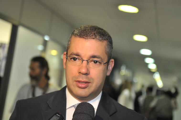URGENTE – Presidente da Aleam aceita pedido de impeachment do governador Wilson Lima
