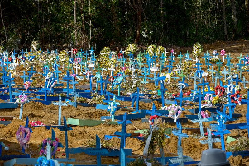 ATENÇÃO decreto suspende visitação a cemitérios de Manaus no Dia das Mães para evitar aglomerações e infecção pelo Coronavírus