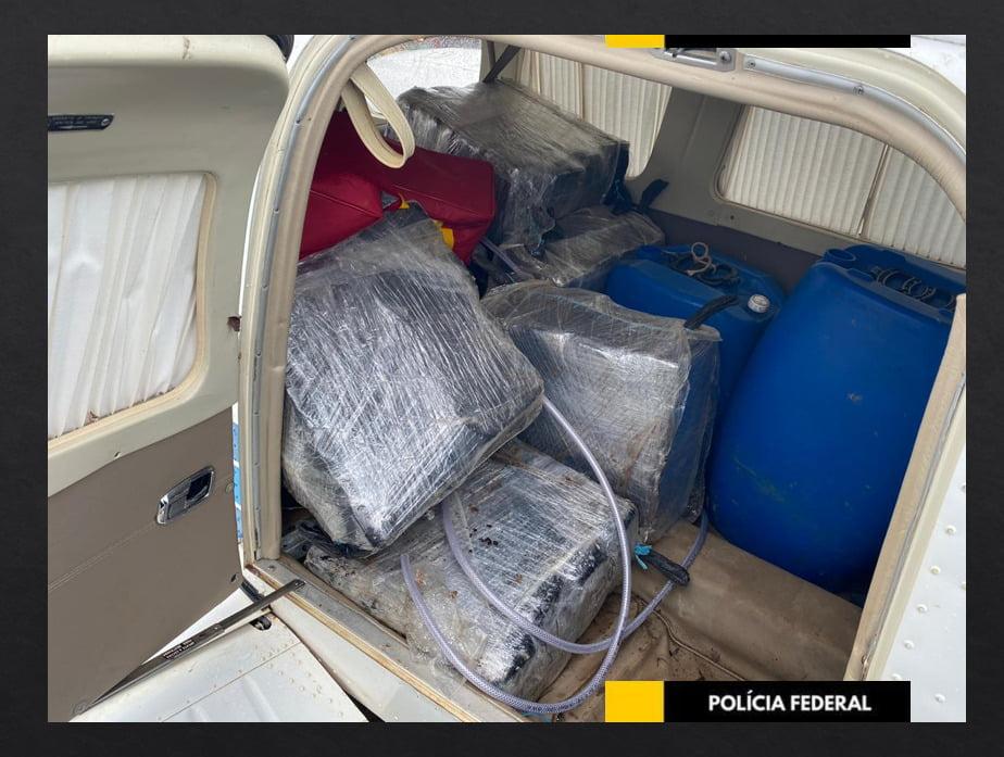 Polícia Federal apreende  avião abastecido com drogas que vinha do Peru