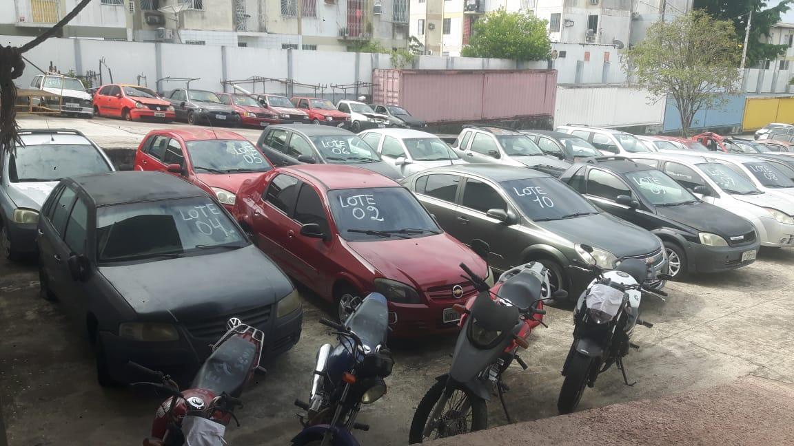 Em Manaus, Polícia Militar recupera seis veículos e prende dupla em flagrante