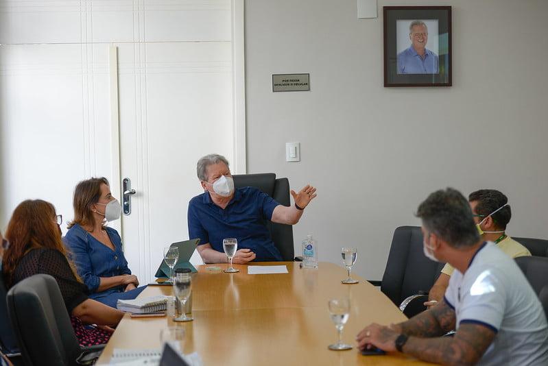 CIDADE INTELIGENTE Prefeito anuncia entrega da obra do Centro de Cooperação da Cidade para agosto