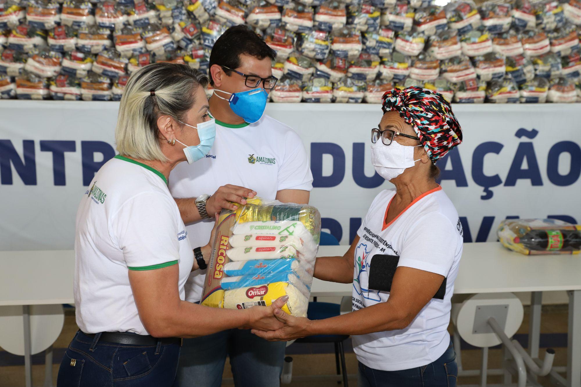 Governo do Estado, por meio da Seas, beneficia entidades de Presidente Figueiredo com cestas básicas e máscaras