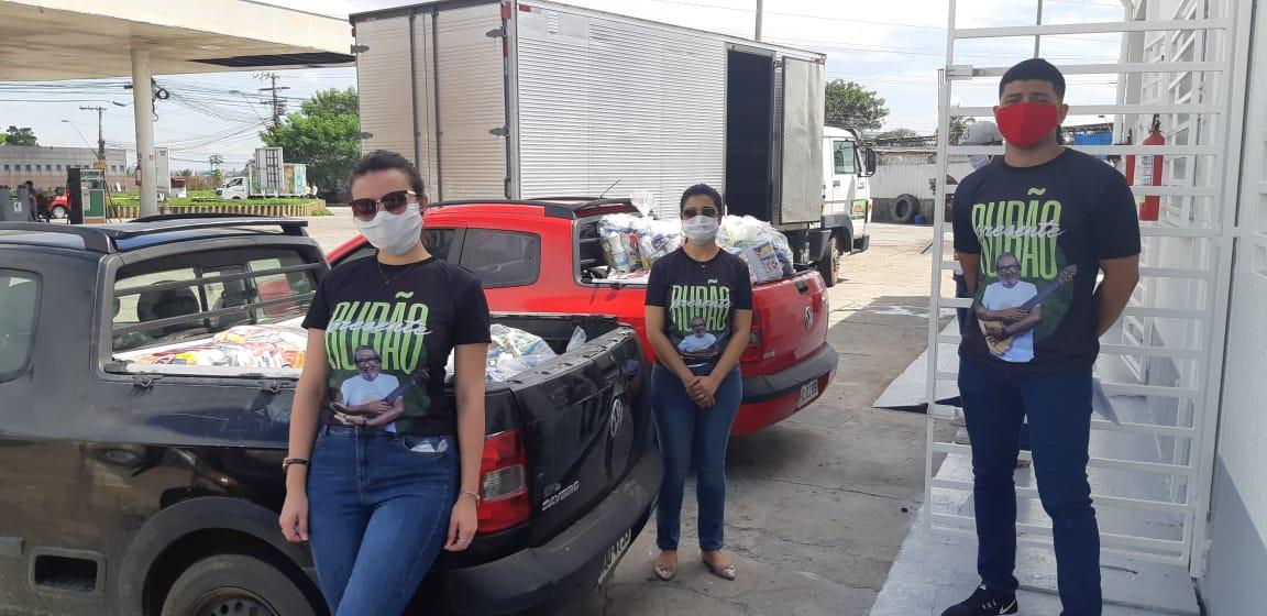 OELA realiza primeira ação social após a morte de seu fundador, Rubens Gomes, com doação de 118 cestas básicas e kits de higiene