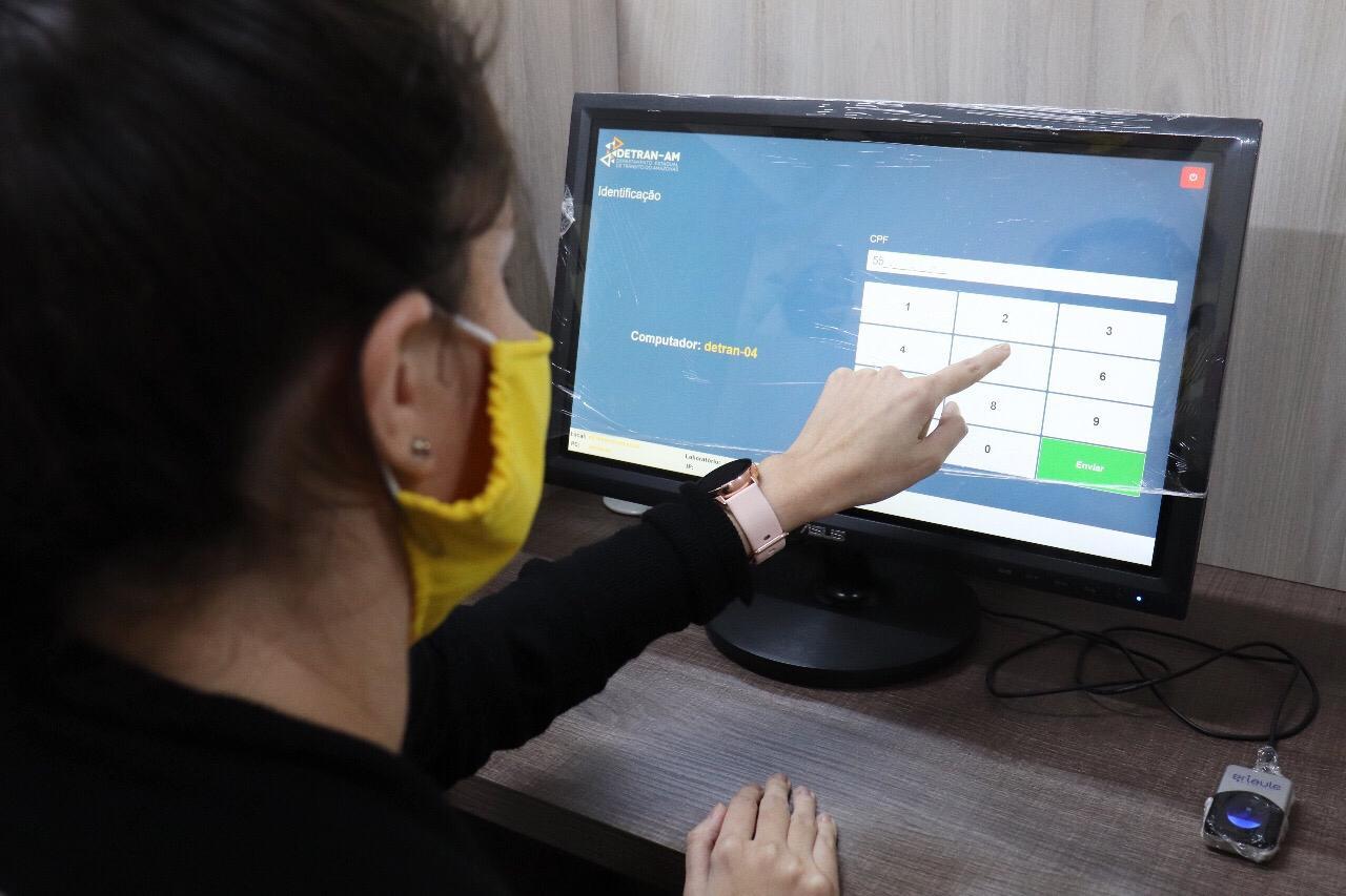 Detran-AM libera consulta de datas de exames teóricos que estavam suspensos