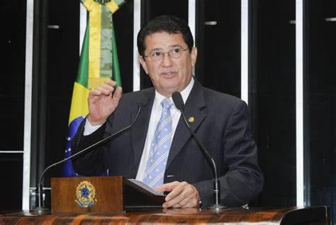 Ex-prefeito quer eleger quatro vereadores