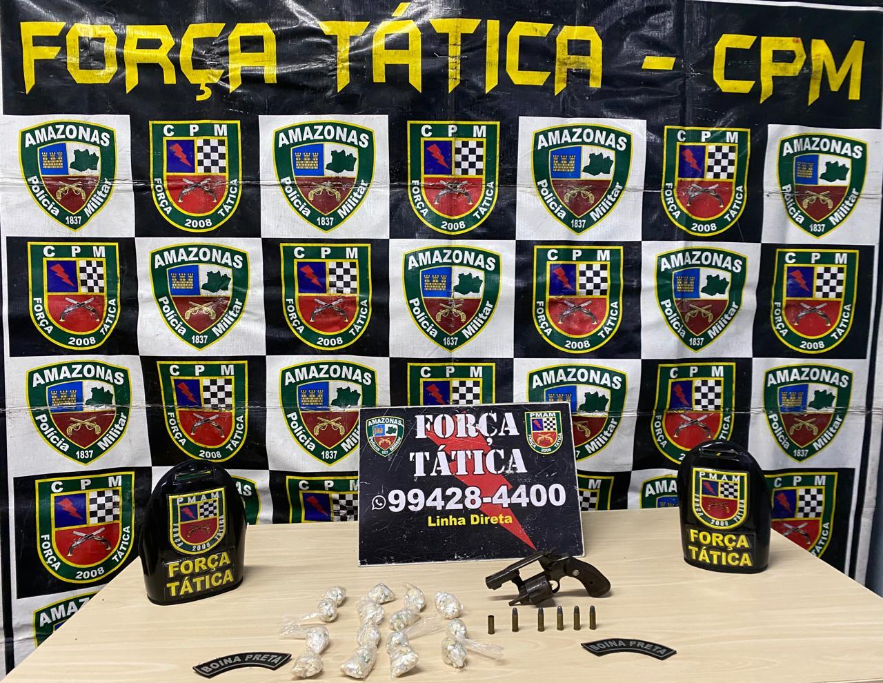 Força tática detém homem por tráfico de drogas e porte ilegal de arma de fogo