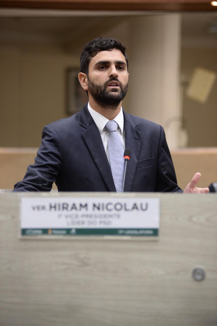 HIRAM NICOLAU anuncia que não seguirá como vereador da Câmara Municipal de Manaus
