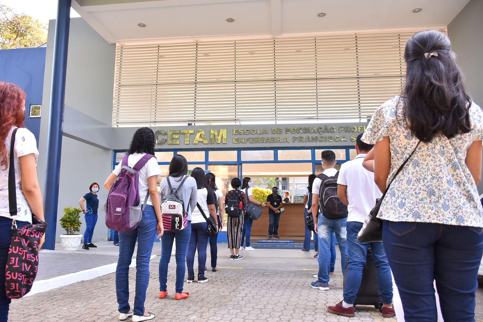 Alunos do CETAM retornam às aulas de forma gradual