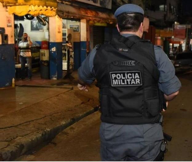 POLÍCIA MILITAR prende oito pessoas e recupera três veículos no Amazonas