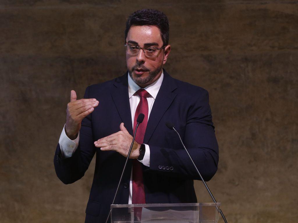 Marcelo Bretas autoriza viagem de Temer