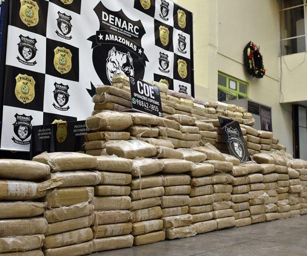 Polícia Civil deflagrou operação que resultou na apreensão de meia tonelada de drogas, em Japurá